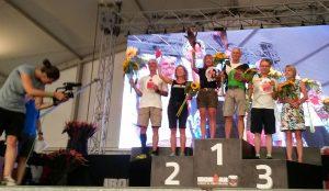 In TG-Farben ganz oben auf dem Treppchen und bald beim Ironman auf Hawaii: Gerhard Bochtler.